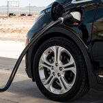 G.M. Announcement Shakes Up U.S. Automakers' Transition to Electric Cars